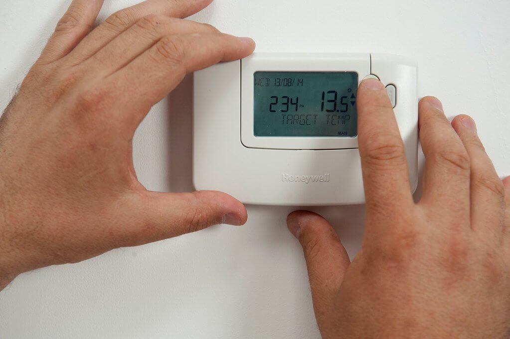 troubleshoot airconditioner thermostat